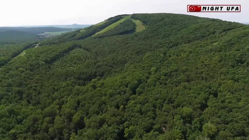 Вырубленный лес и геологоразведчики на шихане Куш-Тау.Вид с высоты. 05 Июль 2017 г.