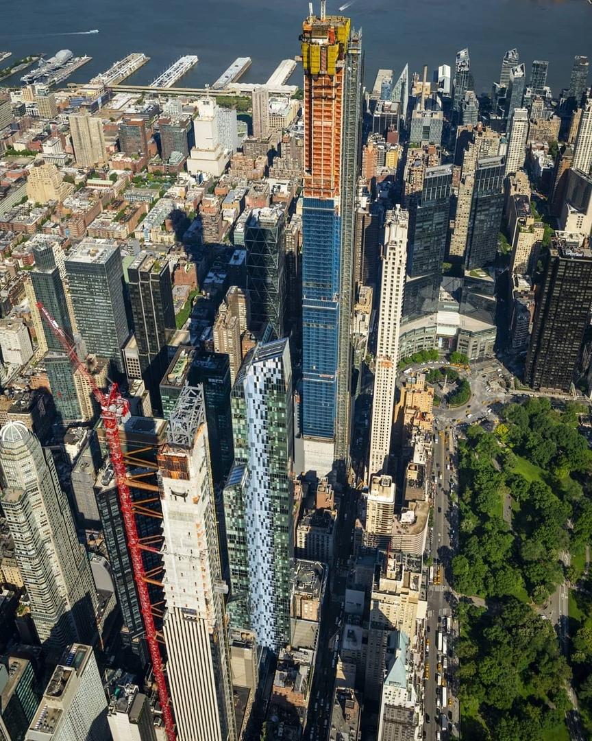 Самый тонкий в мире небоскреб почти готов