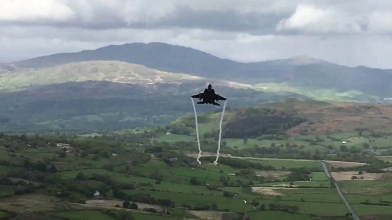 F15's in the Mach Loop like you not seen before.