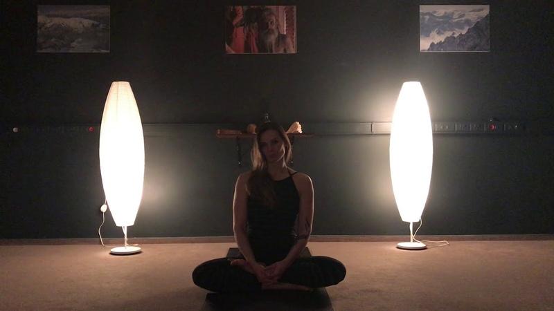 Приглашение йога-инструктора Виктории Можиной на тренинг-интенсив на о.Камаду, Мальдивы