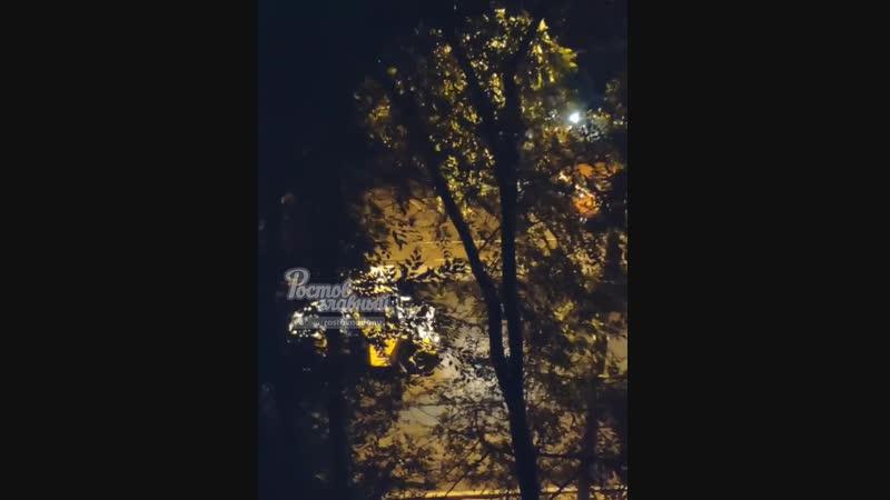 Шум от укладки асфальта на 40 лет Победы 20 10 2018 Ростов на Дону Главный