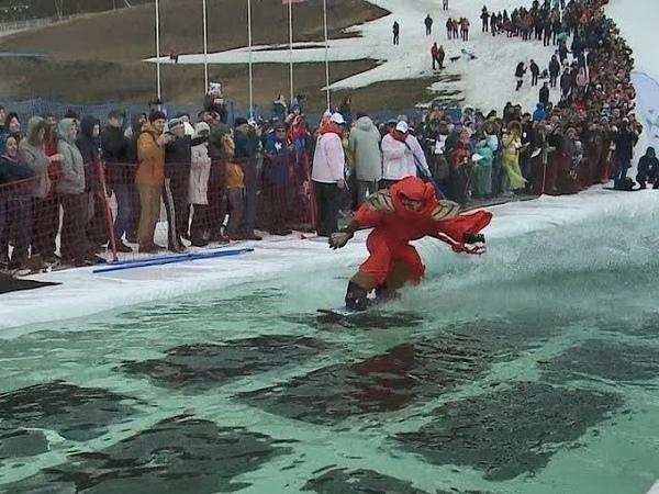 Красноярцы закрыли горнолыжный сезон подборка видео «Горнолужник 2019»