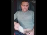 Михаил Михайлов в своей машине рукоблудит