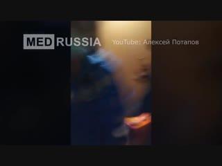 Екатеринбуржец не пускал бригаду скорой помощи к больному из-за отказа надеть ба