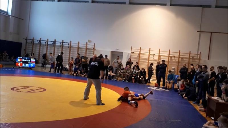 Дзюдоист бросает вольников на вольной борьбе Дзюдо vs вольная борьба Вытащил финал на зубах