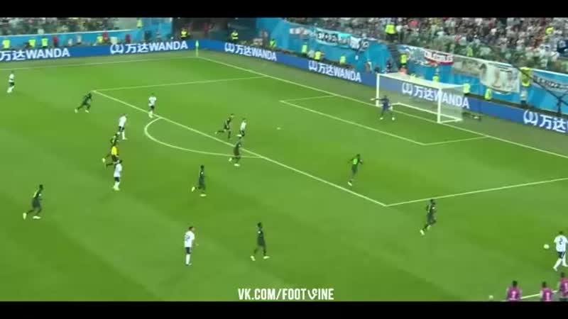 Рохо забивает гол!