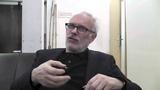 DREI SCHWESTERN - Interview mit Herbert Fritsch