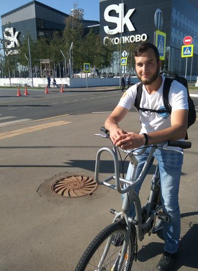Илья Коваленко