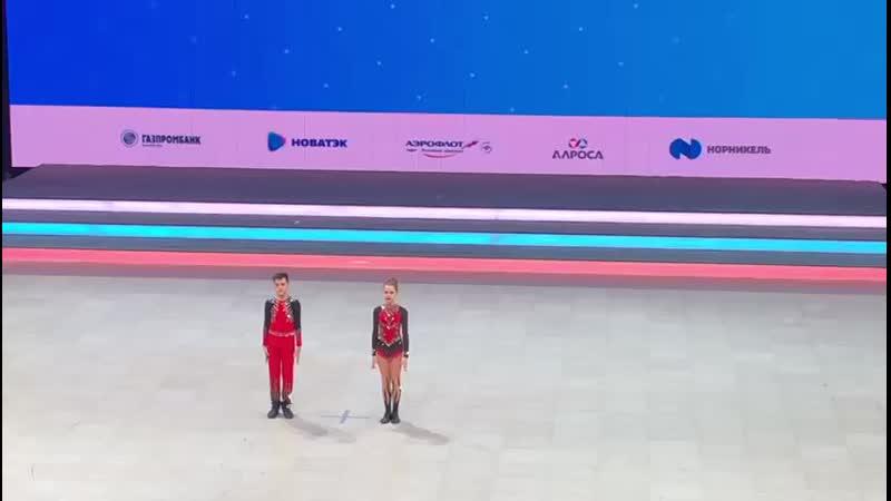 финал В юниоры. Все российские. R Co. Артем и Мила. 1 место.