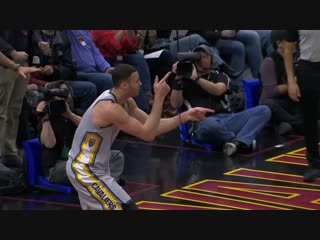 Larry Nance Jr. DUNK OF THE YEAR On Kevin Durant! — MyVideo 4422c3b62