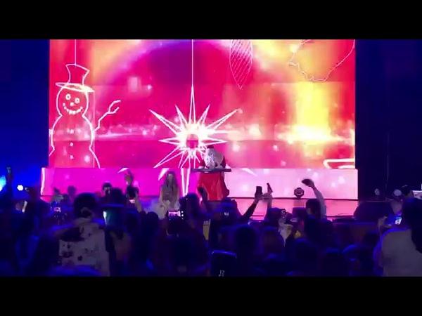 Sala Palatului- Cine sunt Eu- Iuliana Beregoi (live)