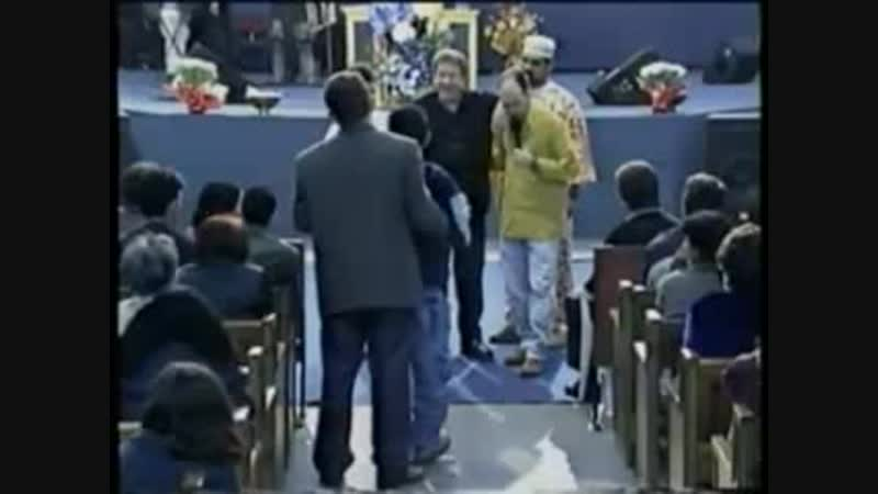 Dave Roberson - Crippled Boy Gets Healed By the Power Of God