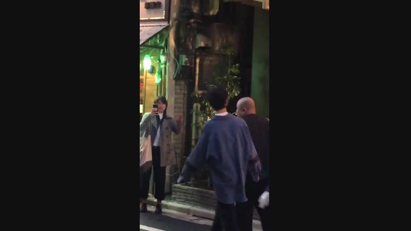[FANCAMFANTAKEN] 190121 Ёнгук по дороге с фан-ивента в ресторане Yopu, Токио