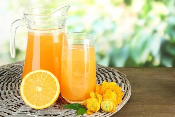 Апельсиновый сок полезен для сосудов Апельсиновый сок, если он натуральный, уменьшает неблагоприятные последствия для сосудов, вызванные злоупотреблением жирной пищи.Ученые из США провели