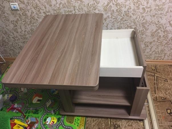 Отличный журнальный стол без единой царапины!  Почти новый!  В сложенном состоянии: высота - 55, длина столешницы - 90, ширина - 60В разложенном состоянии: высота - 77, длина столешницы - 120, ширина - 90