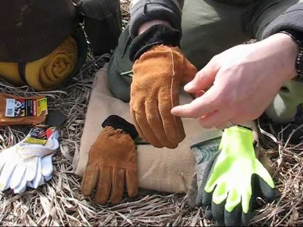 Poor mans Bushcraft Kit - Gloves