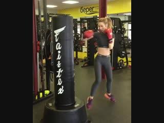 Фитнес бокс для девушек! Отправь в нокаут 1000 калорий за тренировку! 🥊