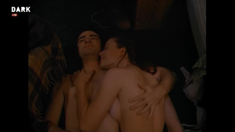 Campfire Tales (1997) Historias de medianoche Jennifer MacDonald sexy escene 01
