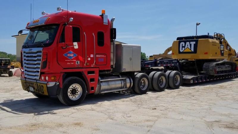 Вымирающая фура. Гигант своего дела. 2014 года Freightliner Argosy с двигaтелем САТ С16 600 HP.