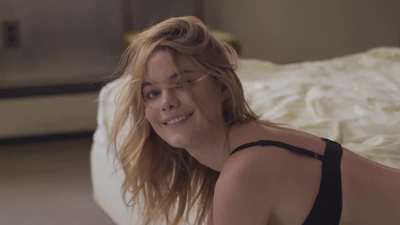 How to Speak French with Camille Rowe