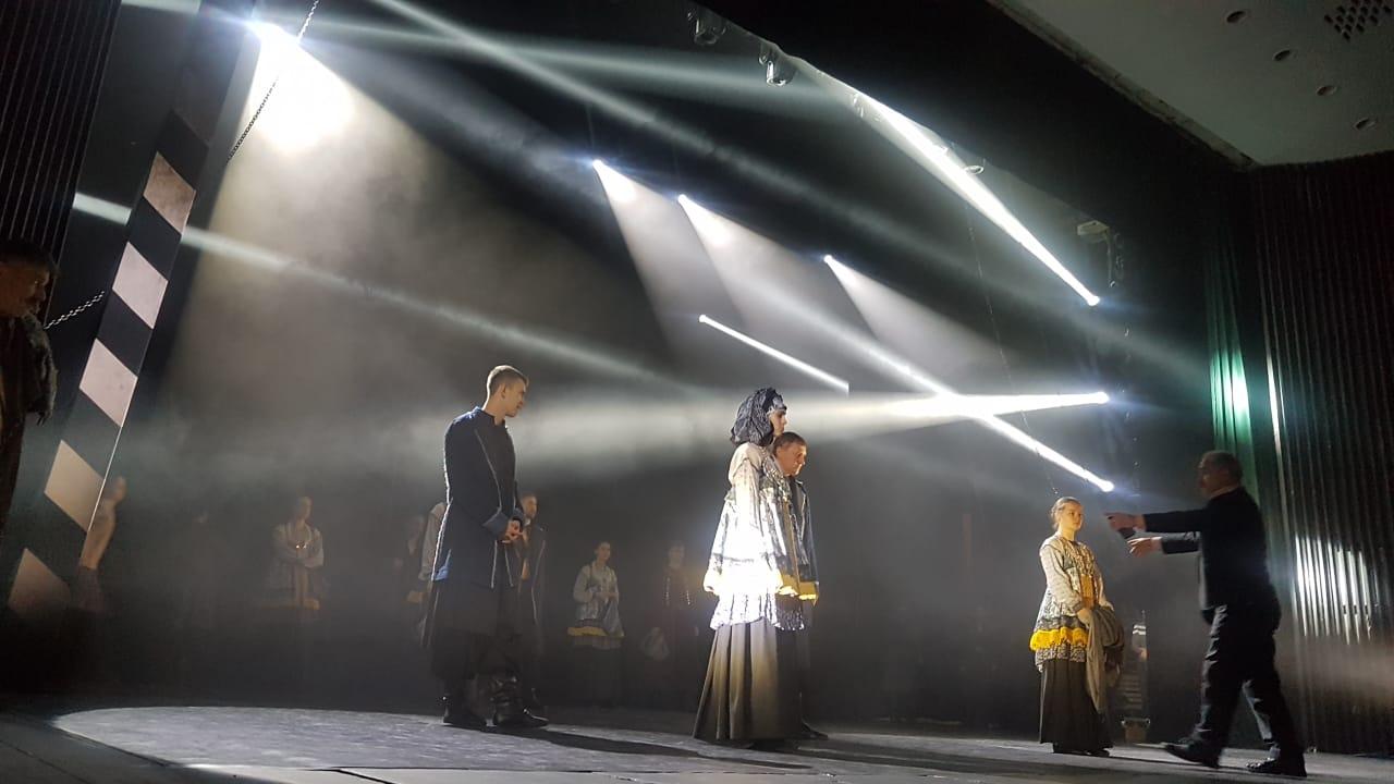 «Казаки России» провели предпремьерную репетицию нового спектакля — Изображение 1