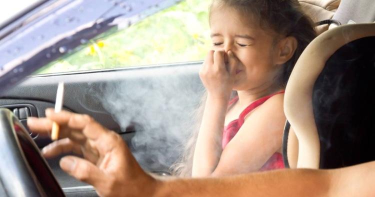 Закурил в автомобиле с ребенком в возрасте до 14 лет – заплати штраф