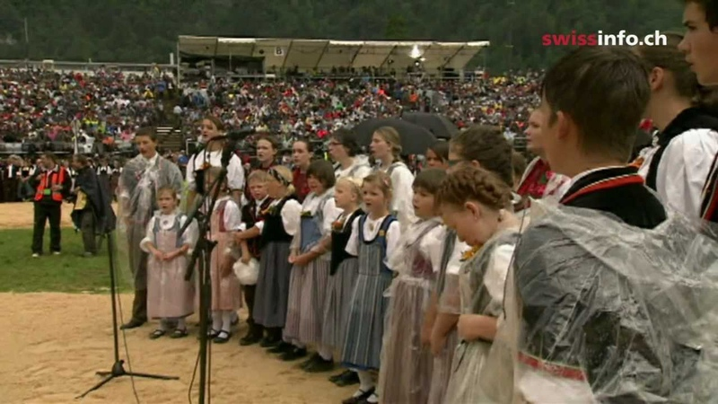 Swiss folklore event draws huge crowds