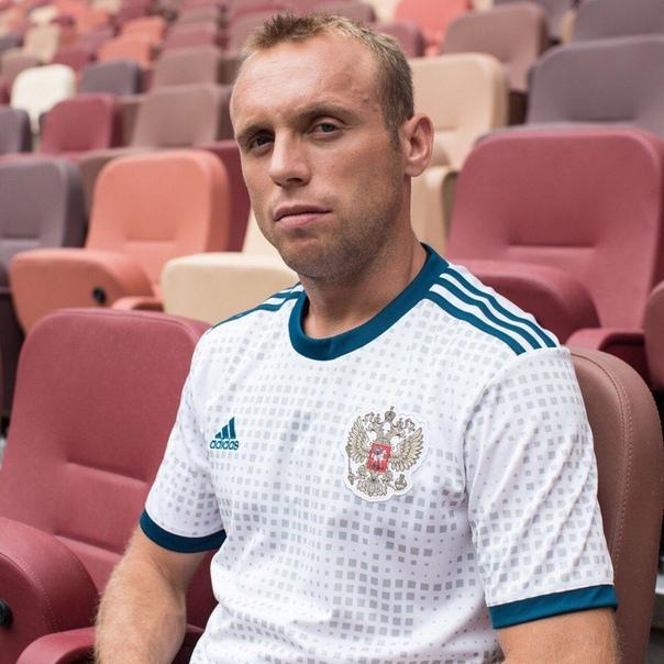 Выдающиеся спортсмены:  Денис Глушаков.