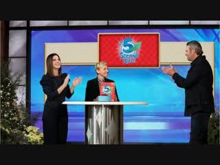Сандра Буллок и Блейк Шелтон играют в