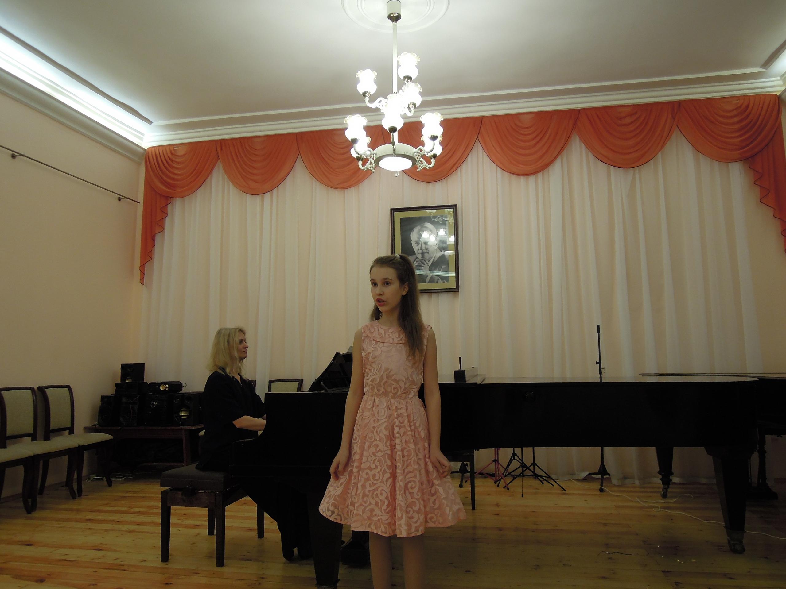 17-го января 2019 года в Коммунаровской детской школе искусств состоялся традиционный Большой Рождественский концерт.