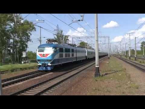 Электровоз ЧС200-004 с Невским Экспрессом