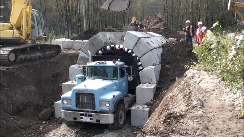Строительство туннеля (VHS Video)