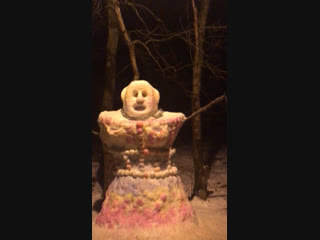 Огромный снеговик ⛄️