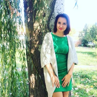 Анна Ушакова