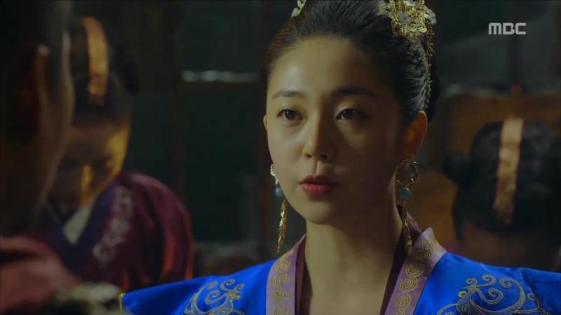 Танашири вызволяет Ван Ю из темницы