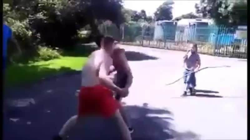 2 Amateur Boxers In Bloody Bare Knuckle Street Fight