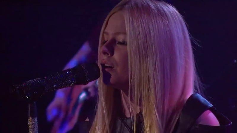 Avril Lavigne - Live @ 2vLive Highline Ballroom (03.12.2013)