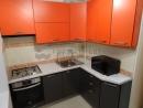 Современная ярко оранжевая кухня