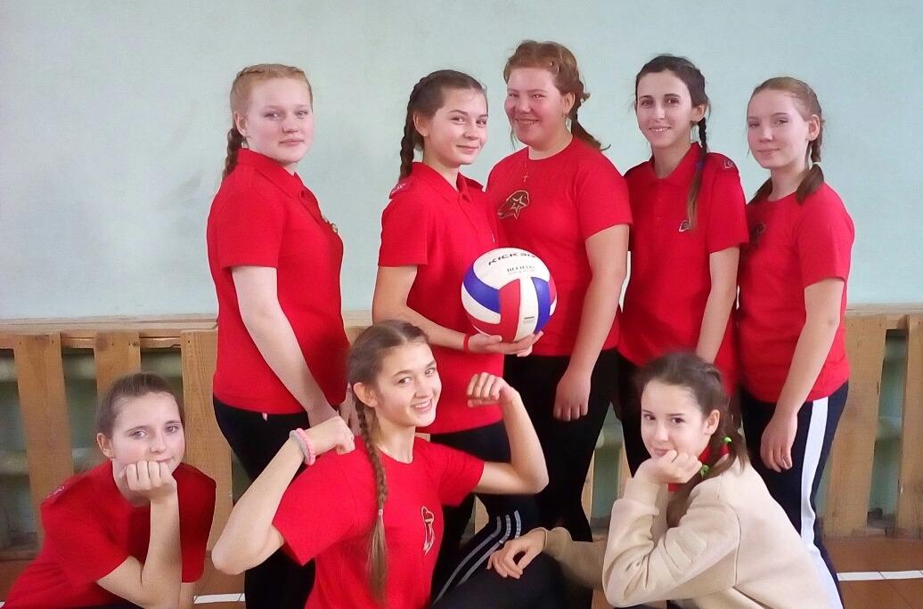 Георгиевская ленточка. Соревнования по волейболу, пионерболу и мини-футболу