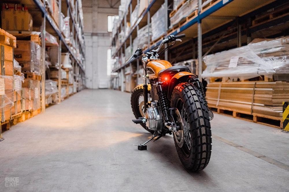 Hombrese Bikes: кастом Harley-Davidson Sportster