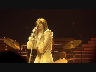 Florence + The Machine - Only If For a Night [4K] (Barclays Center, Brooklyn 10_⁄9_⁄18)