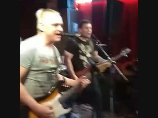 Видео от фанов со вчерашнего рокфеста )