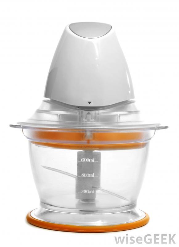 Кухонный комбайн, который можно использовать для приготовления детского питания.
