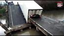 Фура раздавила легковушку на рухнувшем мосту в районе села Осиновка