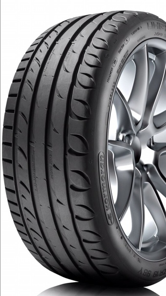Продам комплект новой резины. Tigar Ultra High Performance 235/35 R19 91Y.