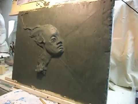 Скульптура. Процесс лепки барельефа из пластилина. Этап №1