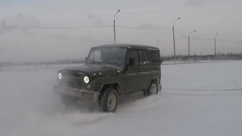 Дрифуем на УАЗе 2 [Winter drift UAZ].mp4