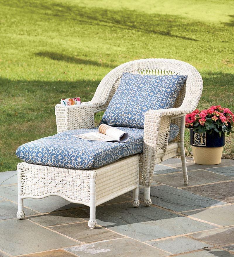 Элегантная мебель, плетенная из ротанга