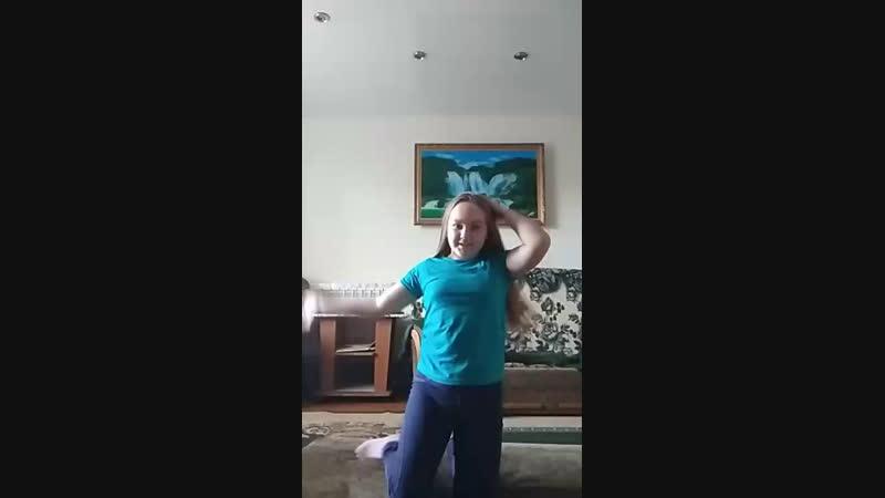 Анюта Корякина - Live