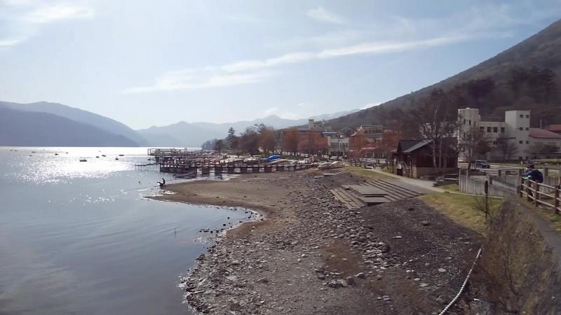 Озеро Чузенджи (中禅寺湖) под облаками